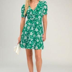 Ximena Green Floral Print Ruffled Short Sleeve Min